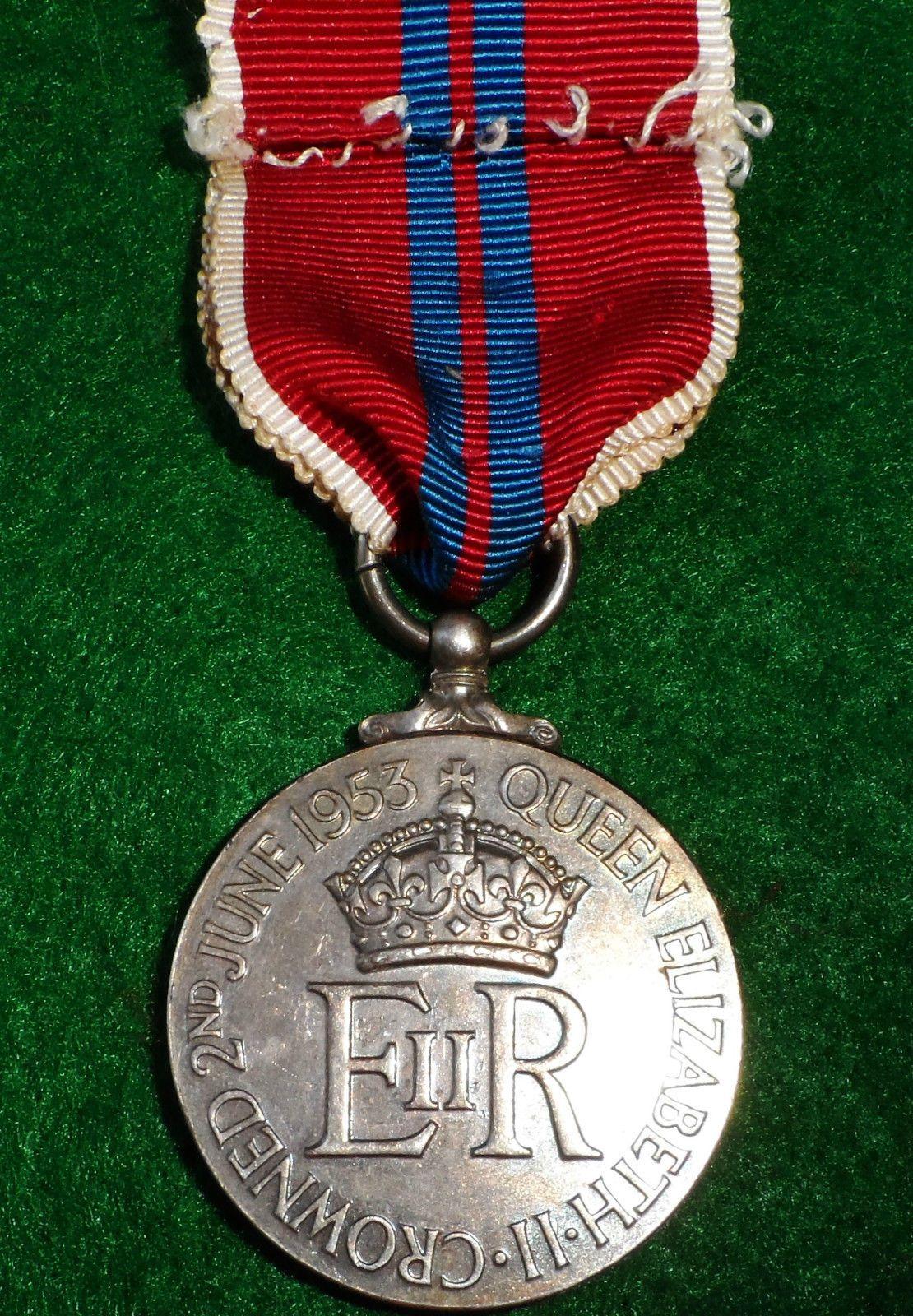 vintage post war 1953 british royal coronation medal queen elizabeth ii jb military antiques vintage post war 1953 british royal coronation medal queen elizabeth ii