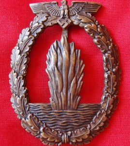 WW2 GERMAN NAVY MINESWEEPER BADGE
