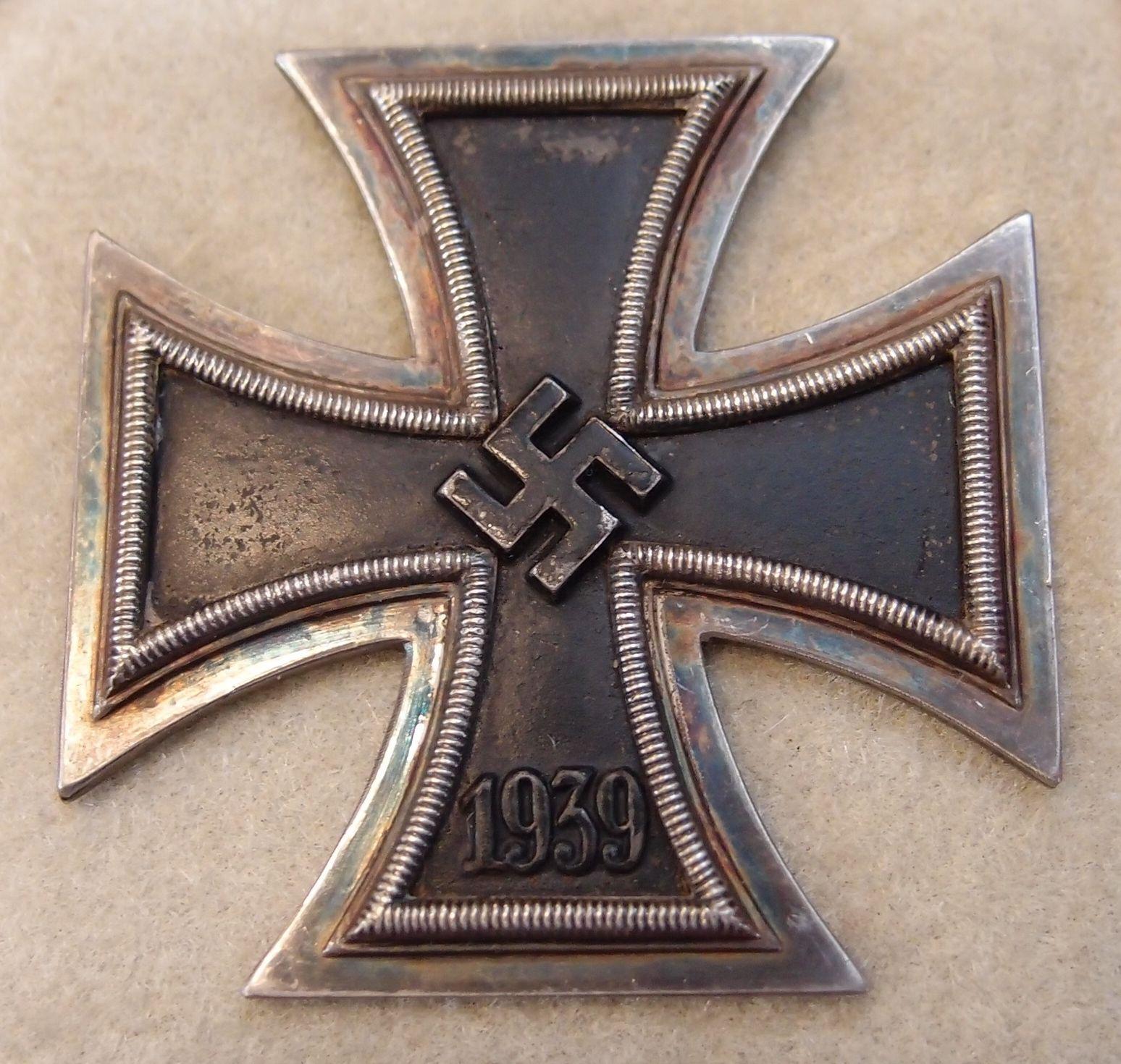 GERMAN ARMY Iron Cross 1st Class Case Black