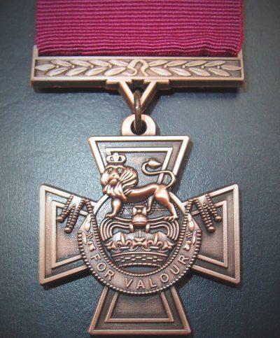 REPLICA WW1 WW2 VIETNAM IRAQ AFGHANISTAN WAR VICTORIA CROSS MEDAL V.C.
