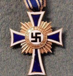 WW2 GERMAN NAZI MOTHERS CROSS IN GOLD