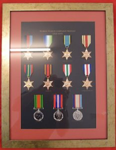 WW2 AUSTRALIAN SERVICE MEDALS 1939-45 SET REPLICA IN DISPLAY FRAME