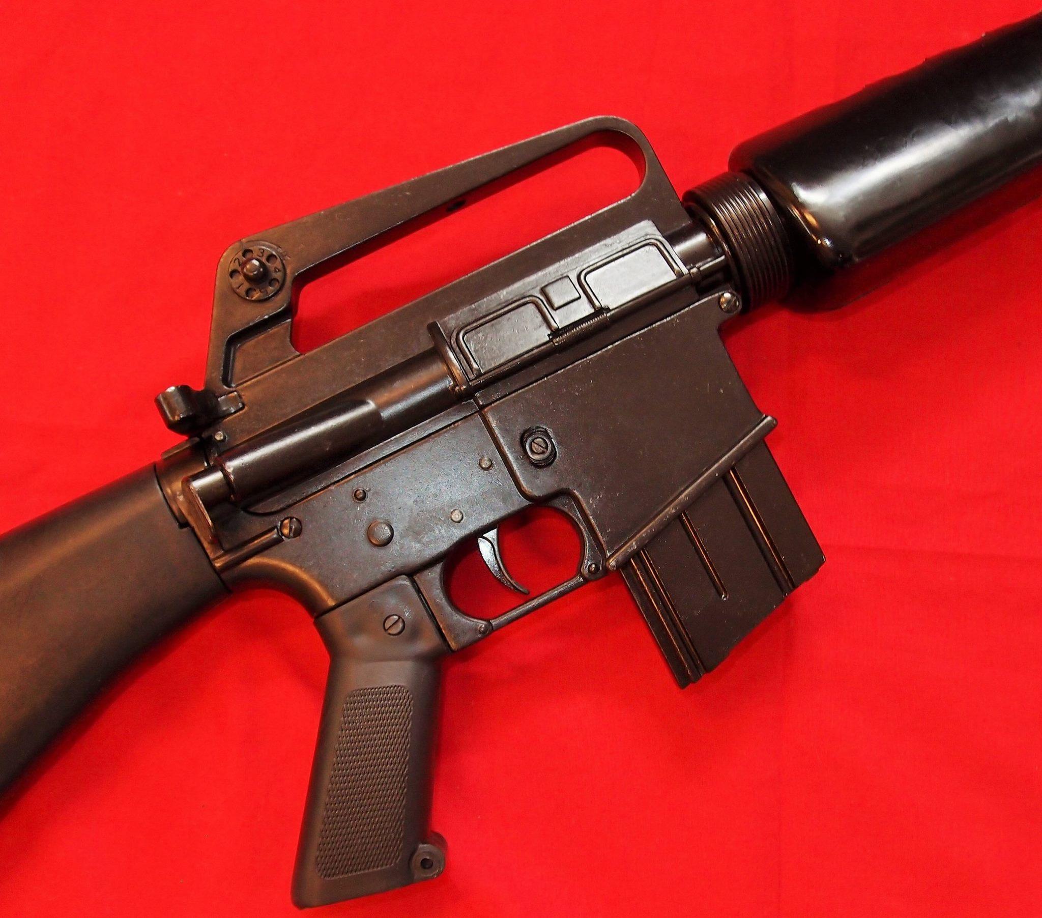 REPLICA M16 US ASSAULT RIFLE DENIX GUN