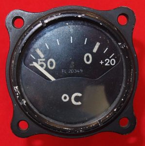 WW2 GERMAN LUFTWAFFE FIGHTER AIRCRAFT AIR TEMPERATURE GUAGE