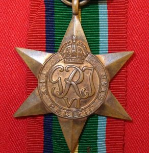 VINTAGE WW2 AUSTRALIAN BRITISH COMMONWEALTH THE PACIFIC STAR MEDAL