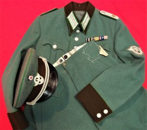 WW2 GERMAN POLICE OFFICER'S JACKET, PANTS & PEAKED CAP