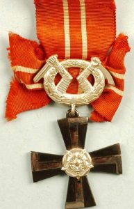 WW2 FINLAND ORDER OF THE CROSS OF LIBERTY 4TH CLASS 1941