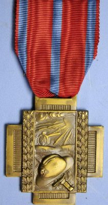 WW1 BELGIUM CROSS OF FIRE MILITARY MEDAL-2