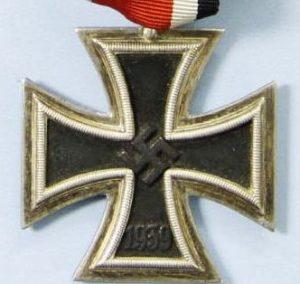 WW2 GERMAN IRON CROSS 2ND CLASS