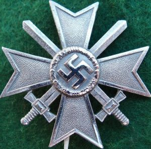 WW2 NAZI GERMANY WAR MERIT CROSS 1ST CLASS WITH SWORDS