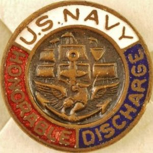 WW2 US NAVY HONOURABLE DISCHARGE BADGE