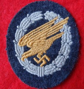 WW2 GERMAN LUFTWAFFE PARACHUTE QUALIFICATION CLOTH BADGE