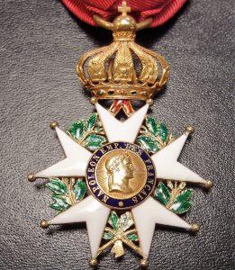 french-2nd-empire-legion-of-honour-officer-medal-18-karat-gold