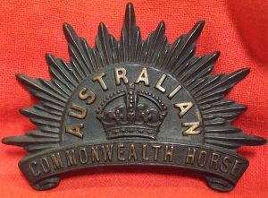 boer-war-australian-commonwealth-horse-2nd-type-cap-badge-a-rare-badge-in-superb-condition-good-deep-strike-lugs-intact-tone-rich-nice-patina-and-overall-colour-perfect