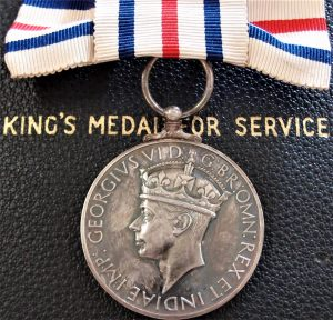 ww2-era-british-foreign-kings-medal-in-the-cause-of-freedom-for-female-cased