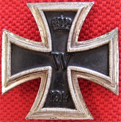 **SOLD** WW2 MADE GERMAN 1914 IRON CROSS 1st CLASS FOR BRAVERY IN COMBAT  MEDAL