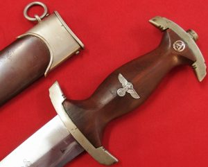 NAZI GERMANY 1ST MODEL M33 SA STORMTROOPERS GROUND ROHM DAGGER & SCABBARD BY CARL EICKHORN OF SOLINGEN