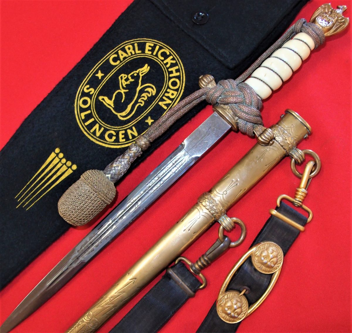 2ND PATTERN NAZI GERMAN NAVY OFFICER'S DAGGER, SCABBARD, KNOT & HANGARS WITH MAKER BAG BY CARL EICKHORN