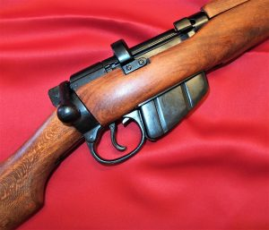 REPLICA WW2 .303 LEE ENFIELD SMLE RIFLE BY DENIX GUN 1