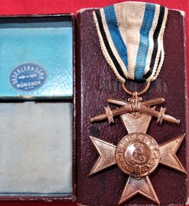 CASED WW1 GERMAN BAVARIAN MILITARY MERIT CROSS 3RD CLASS WITH SWORDS
