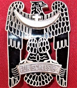 POST WW1 GERMAN WW1 SILESIAN EAGLE ORDER 1ST CLASS SERVICE BADGE