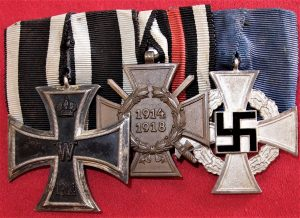 WW1 WW2 GERMAN 3 PLACE MEDAL BAR