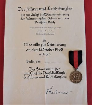 WW2 GERMAN ARMY 1ST OCTOBER CZECHOSLOVAKIA OCCUPATION MEDAL & AWARD DOCUMENT CAPTAIN SCHUTZPOLIZEI HAMBURG
