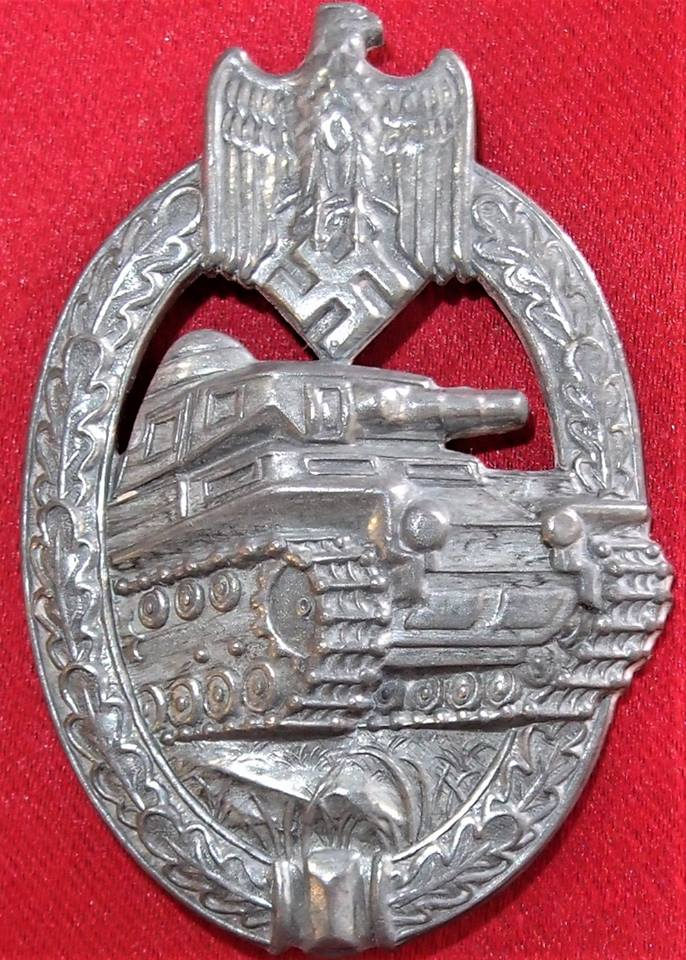 WW2 GERMAN ARMY SS PANZER ASSAULT BADGE IN SILVER BY ADOLF SCHOLZE