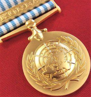 AUSTRALIA ARMY NAVY AIR FORCE UNITED NATIONS KOREA WAR SERVICE MEDAL REPLICA