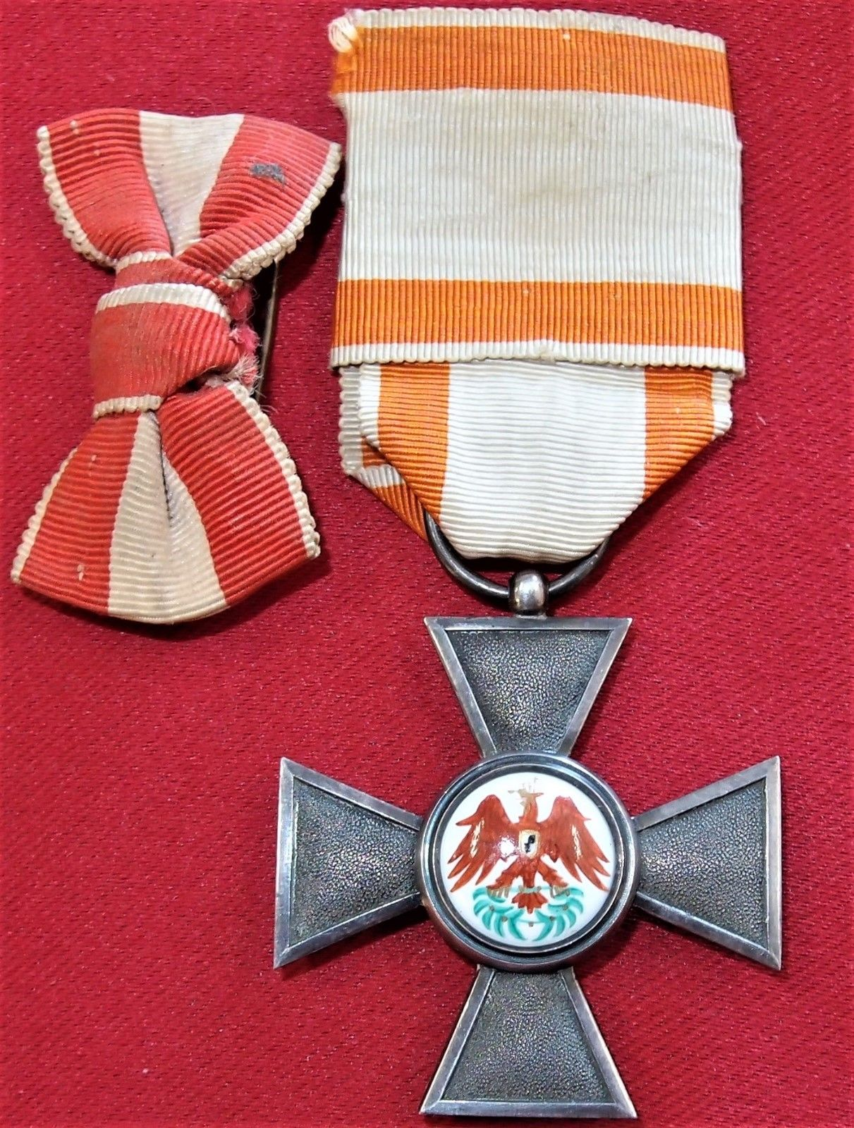 VINTAGE & RARE WW1 GERMAN PRUSSIAN ORDER OF THE RED EAGLE 4th CLASS MEDAL