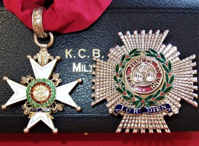 MILITARY GRADE KCB ORDER OF THE BATH NECK BADGE & BREAST STAR IN CASE MEDAL