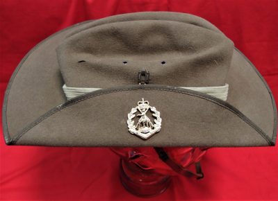 AKUBRA MADE AUSTRALIAN ARMY UNIFORM SLOUCH HAT ROYAL AUSTRALIAN REGIMENT RAR