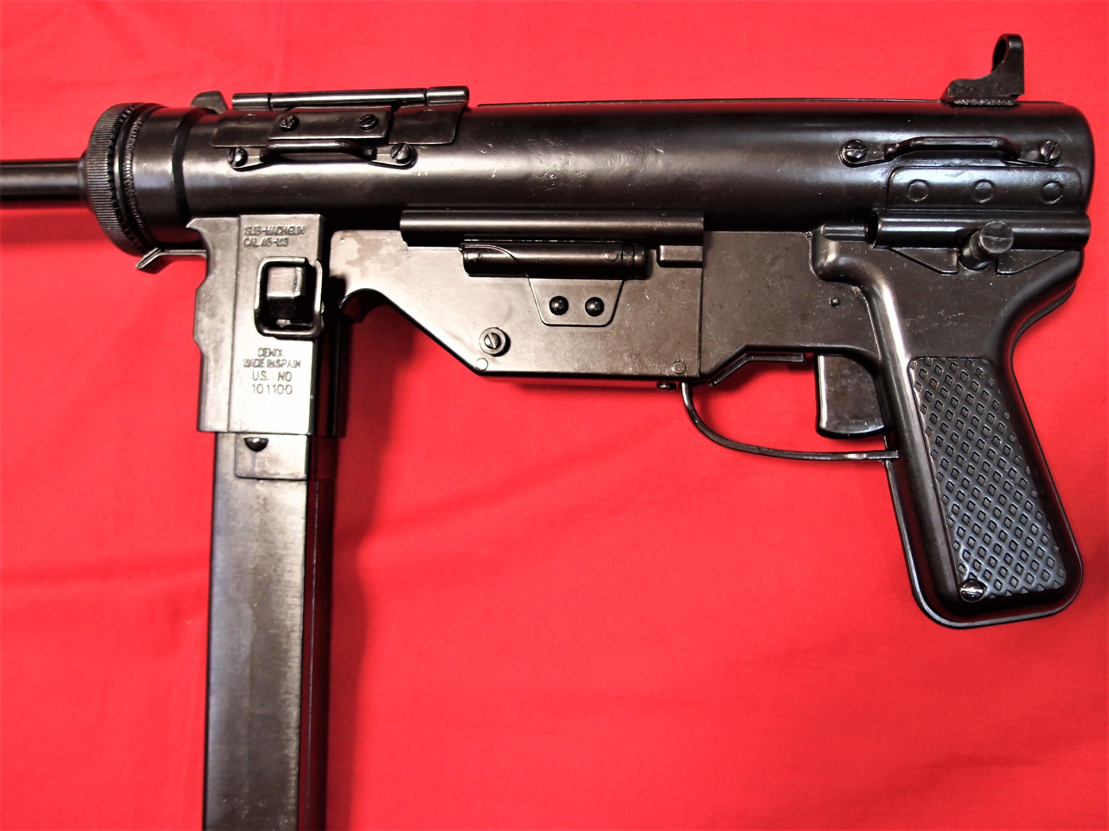 "Replica Denix M3 submachine gun Cal  45 ""Grease Gun"" USA 1942"
