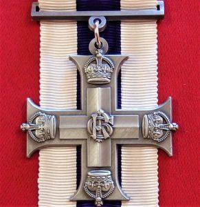 TONED WW1 GVR AUSTRALIAN BRITISH MILITARY CROSS MEDAL REPLICA ANZAC MC GALLANTRY