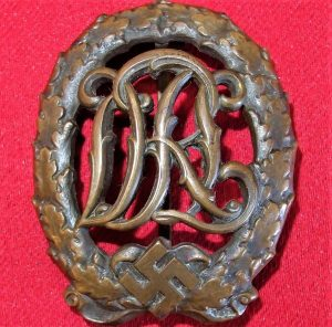 NAZI GERMANY D.R.L. SPORTS BADGE IN BRONZE
