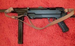 REPLICA WW2 GERMAN MP40 SEMI AUTOMATIC MACHINE PISTOL GUN WITH STOCK & LEATHER SLING BY DENIX 1