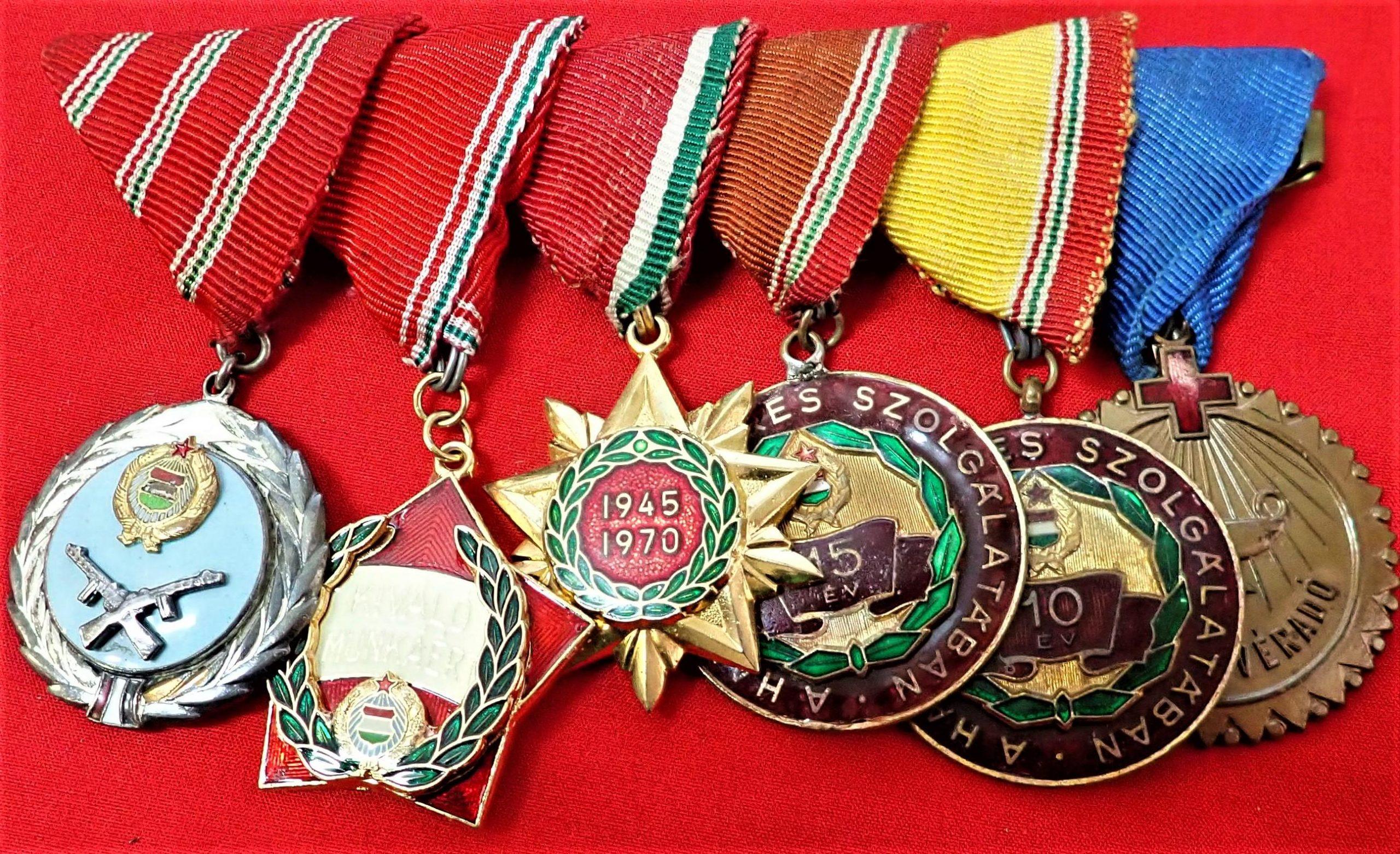 Hungarian Post WW2 Communist era Army 6 place medal bar