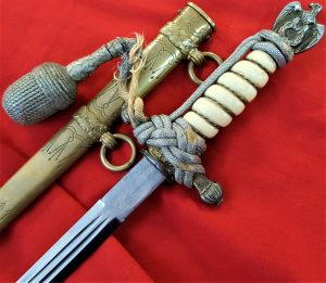 2ND PATTERN NAZI GERMAN NAVY DAGGER, SCABBARD & KNOT BY CARL EICKHORN OF SOLINGEN