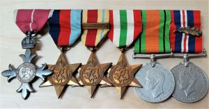WW2 BRITISH NAVY OR AIR FORCE MBE & MID OFFICERS MEDAL GROUP