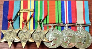 WW2 AUSTRALIAN AFRICA PACIFIC KOKODA MEDAL GROUP REPLICA ANZAC MOUNTED TO WEARWW2 AUSTRALIAN AFRICA PACIFIC KOKODA MEDAL GROUP REPLICA ANZAC MOUNTED TO WEAR