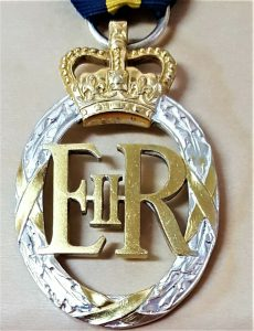 POST WW2 BRITISH ARMY EMERGENCY RESERVE DECORATION MEDAL EXCELLENT CONDITION
