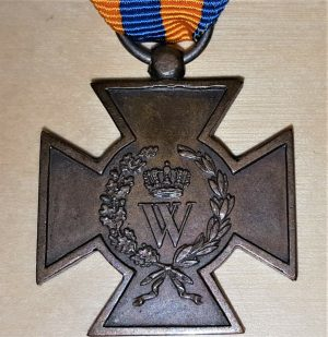 RARE PRE WW1 NETHERLANDS METAL HASSELT CROSS MEDAL 1830 - 1831 HOLLAND