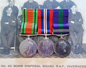 RARE WW2 RAF BOMB & MINE CLEARANCE GROUP MEDAL GROUP BERLIN AIRLIFT