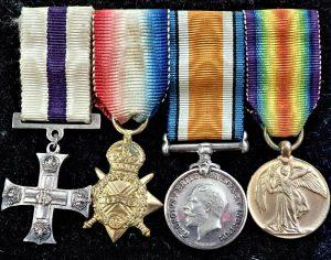WW1 AUSTRALIAN BRITISH COMMONWEALTH MILITARY CROSS TRIO MINIATURE MEDALS SET