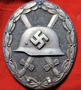 WW2 GERMAN WOUND BADGE IN SILVER #65 BY KLEIN & QUENZER