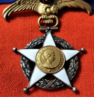 RARE WW1 & WW2 ERA REPUBLIC OF CHILE ORDER MERIT GRAND OFFICER GRADE MEDAL BADGE