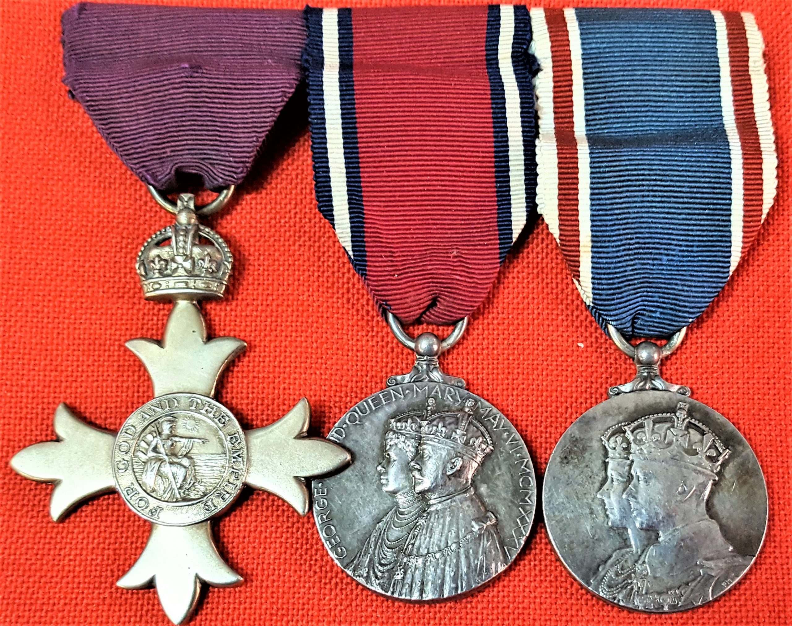 POST WW1 ERA ORDER OF THE BRITISH EMPIRE, JUBILEE & CORONATION MEDAL GROUP