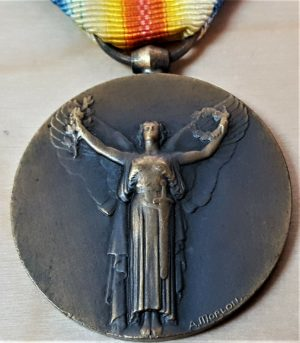 WW1 INTERALLIED FRENCH VICTORY MEDAL BY MORLON 1914 - 1918