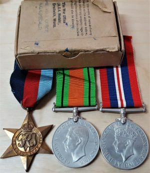WW2 OFFICERS BOXED SET OF MEDALS TO LIEUTENANT H LABORDA BRITISH ARMY