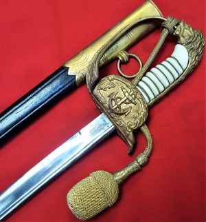 POST WW1 ERA WEIMAR WW2 GERMAN NAVY OFFICERS ETCHED SWORD WITH SCABBARD & NAVAL KNOT BY HORSTER OF SOLINGEN